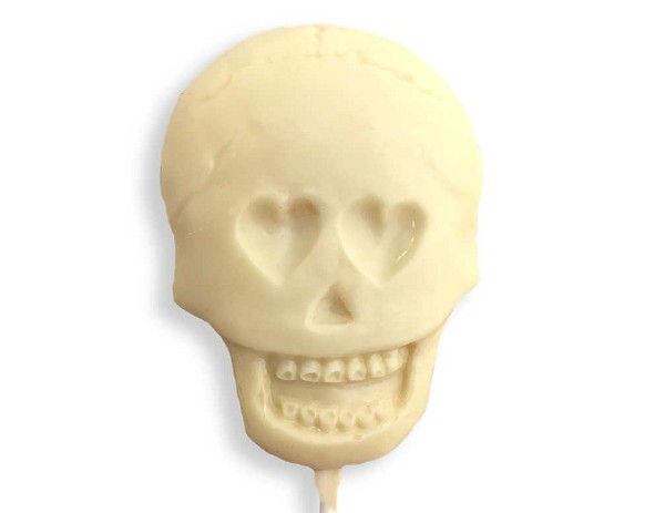 A creepy chocolate Skull pop.  Net Wt: 1.2 oz.