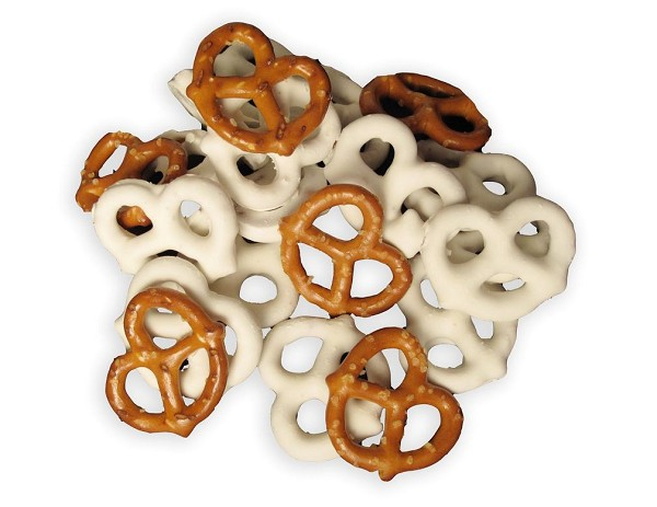 Crunchy, salty mini Pretzels covered in sweet and creamy yogurt... Yum!